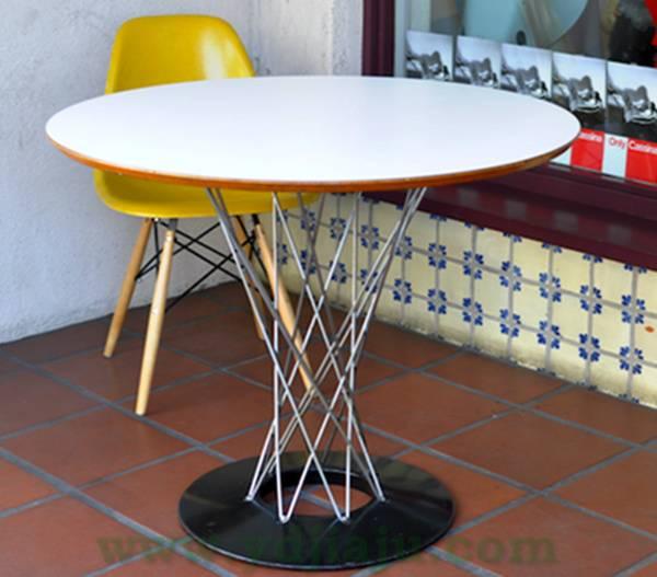 产品标题:野口勇餐桌(sable noguchi dining table)