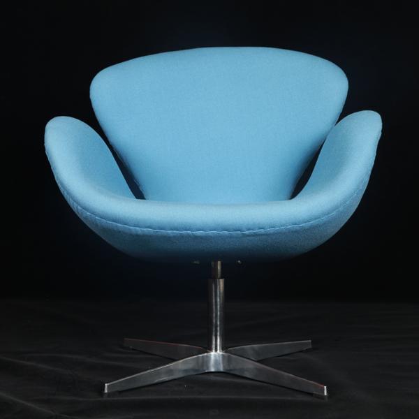 """4、现代时尚家具-天鹅椅(Swan Chair)是50年代后期雅克布森为北欧航空公司设于哥本哈根市中心的皇家宾馆设计的经典;我司最早依据原版开发的最热销款式之一;其设计师雅各布森是丹麦当代成就极大的家具设计大师和工业设计大师。http://www.ydjiaju.com/Products/Swan-Chair_1.html [[img ALT="""""""" src=""""http://simg."""