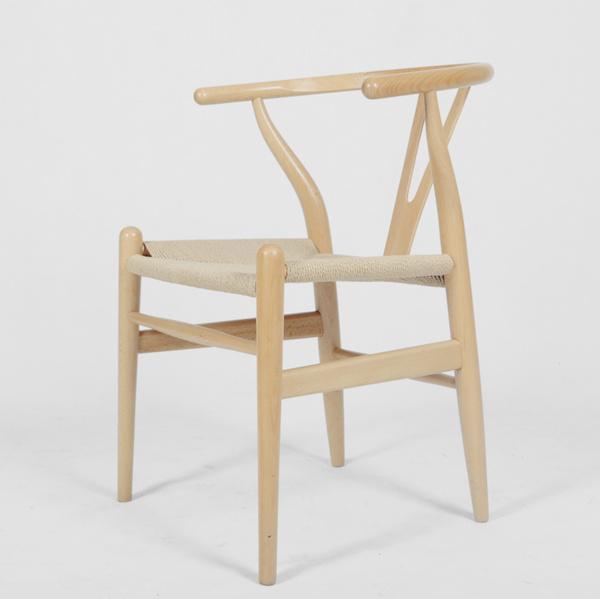 Wishbone Chair或Y-Chair