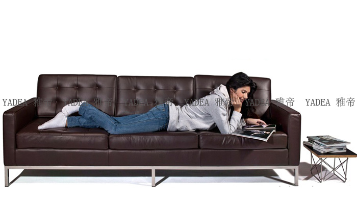 客厅真皮沙发