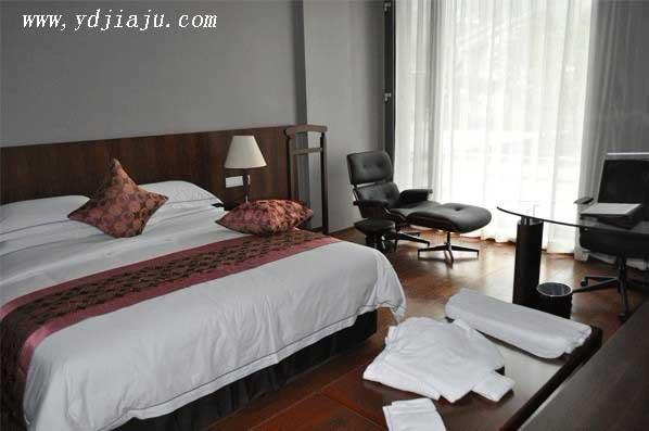 现代简约家具装修,卧室家具的颜色搭配