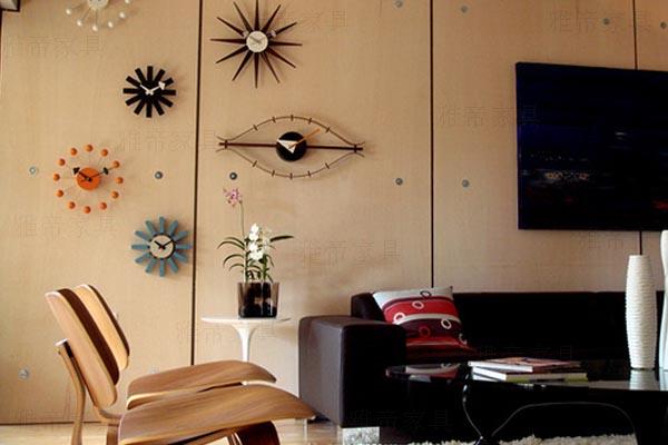 伊姆斯曲木休闲椅子(Eames Molded Plywood Lounge Chair)