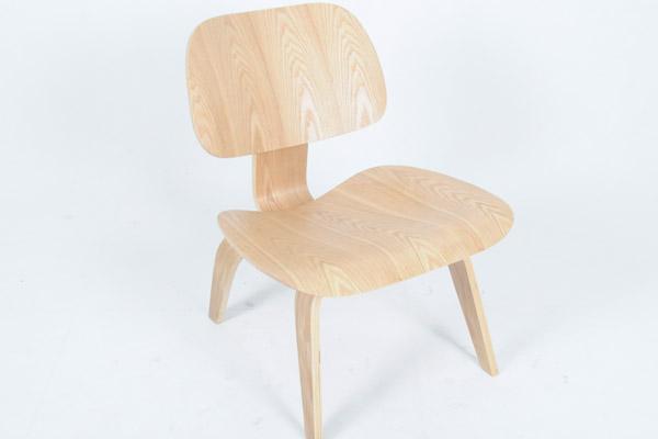 chair (曲木椅子)
