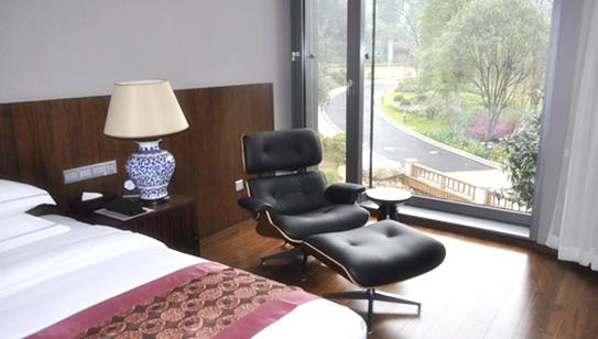 酒店配套家具 Eames Lounge Chair