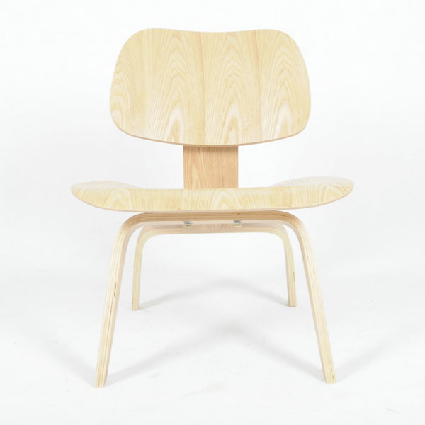 伊姆斯曲木休闲椅子(Eames Molded Plywood Lounge Chair)
