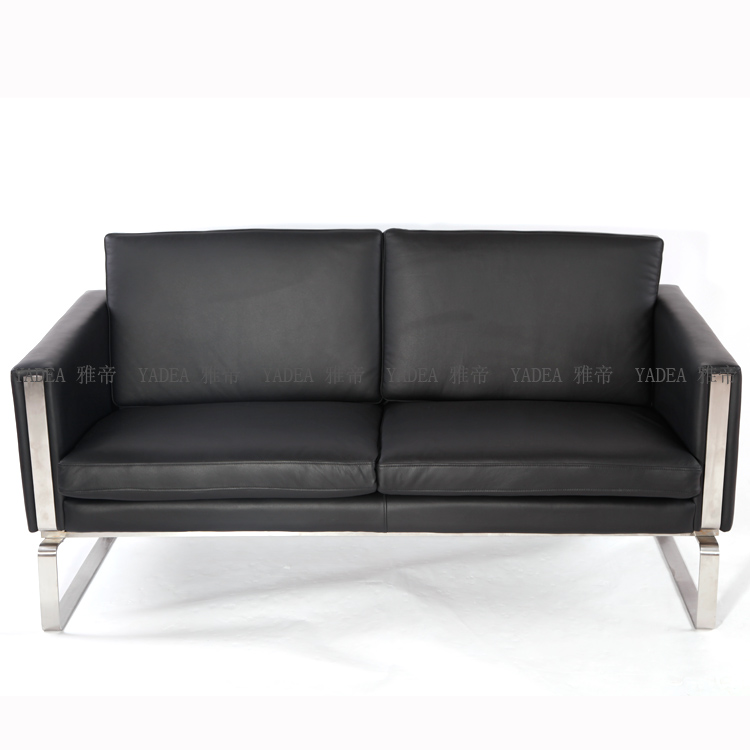 经典又时尚的经典沙发:Hans Wegner CH102 Sofa 图片