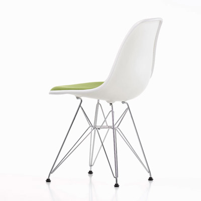 伊姆斯餐椅(Eames Plastic Side Chair)