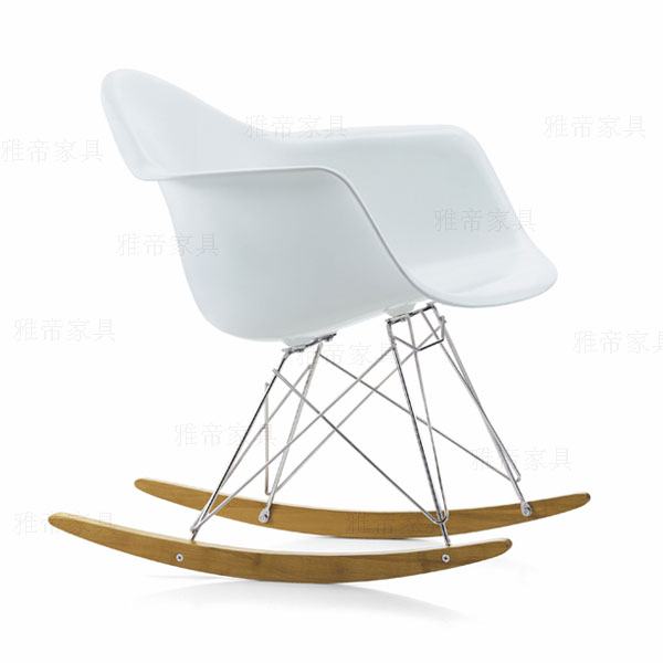 伊姆斯摇椅(Eames rock Chair)