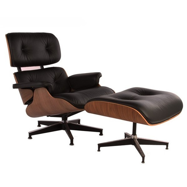 核桃木贴皮的伊姆斯休闲椅(walnut Eames Lounge Chair)