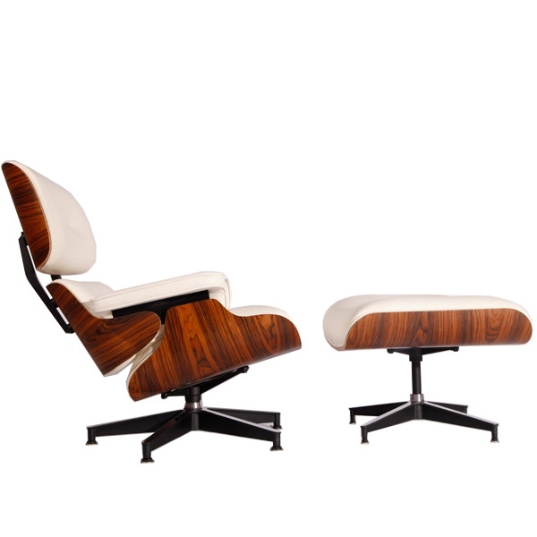 白色伊姆斯休闲椅(Eames Lounge Chair In White Leather)